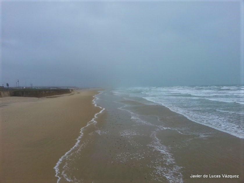 Playa de la Victória en pleno temporal