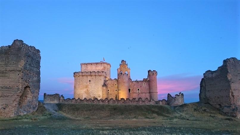 Atardecer junto al castillo e Turégano
