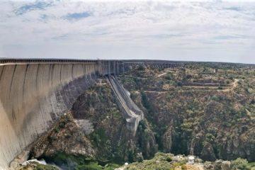 Los Arribes del Duero, Embalse de Almendra